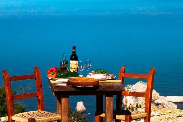 Ibiza es un destino perfecto para viajar en pareja